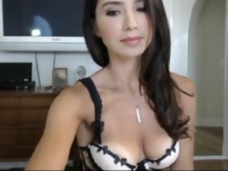 Heavenlips masturbation