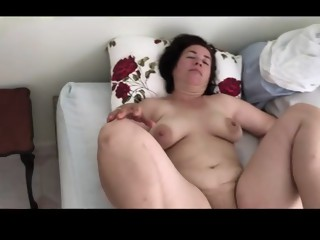 Fleshy white mature  mom naked snore and masturbation