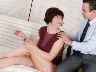 Donatella & Rob in Coquettish Granny - 21Sextreme