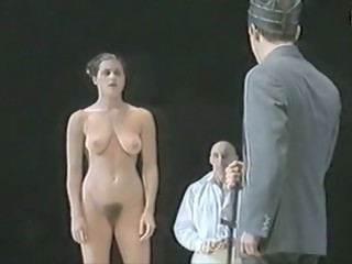 Naked on Stage-017 N6