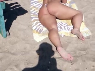 Beach show pusy APOLET
