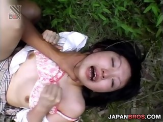 Japanese doll shows nude pussy in sexy outdoor scene
