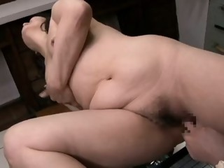Old and horny Japanese mature bitch finger fucked